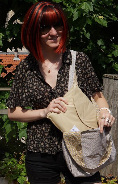 A Julia avec sac Overnight classique Sable et NighTbag Sable leger